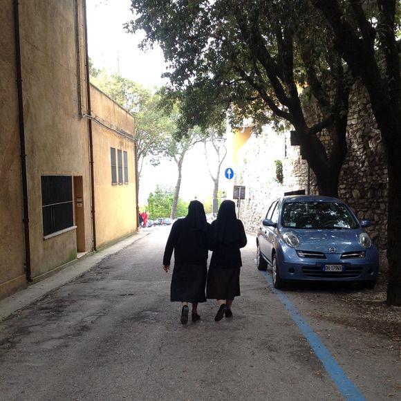 image from http://talltalesfromkansas.typepad.com/.a/6a01538dee917a970b019101b3729a970c-pi