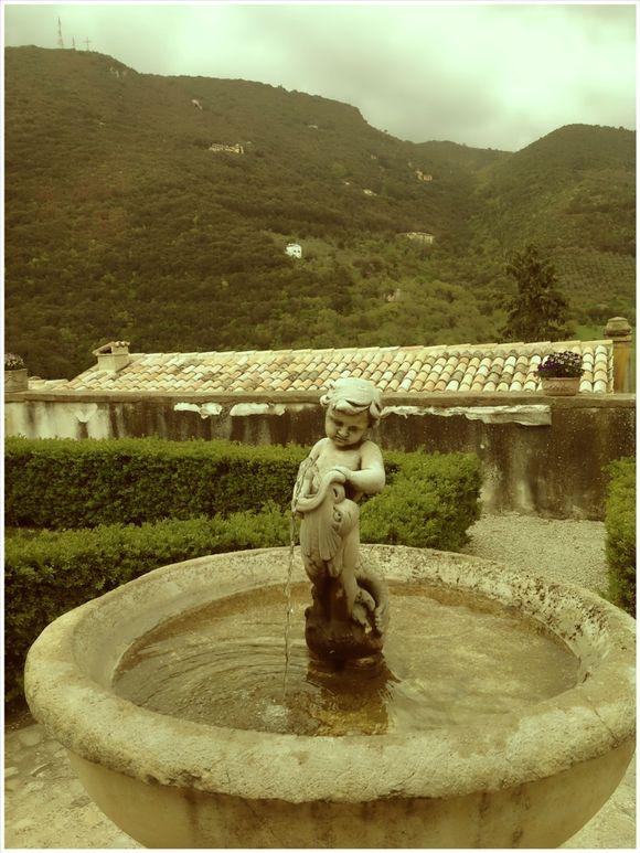 image from http://talltalesfromkansas.typepad.com/.a/6a01538dee917a970b017eeaf1c734970d-pi